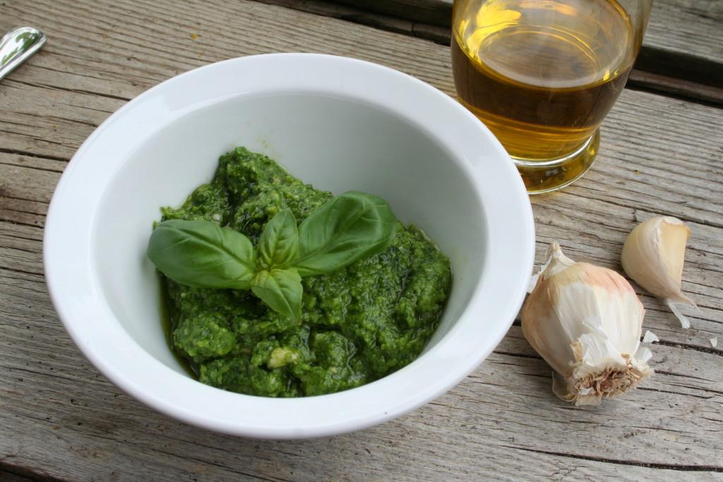 Pesto Basilikum